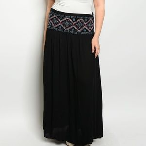 Dresses & Skirts - Boho style plus size high waist maxi skirt